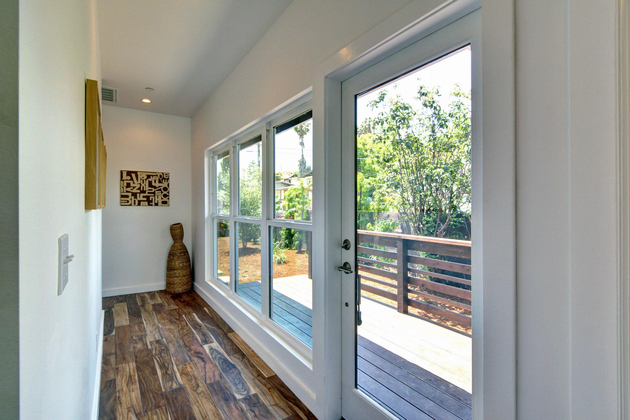 Vinyl Window Amp Door Installation In Eagle Rock Milgard